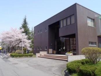 医学部図書館 正面入口